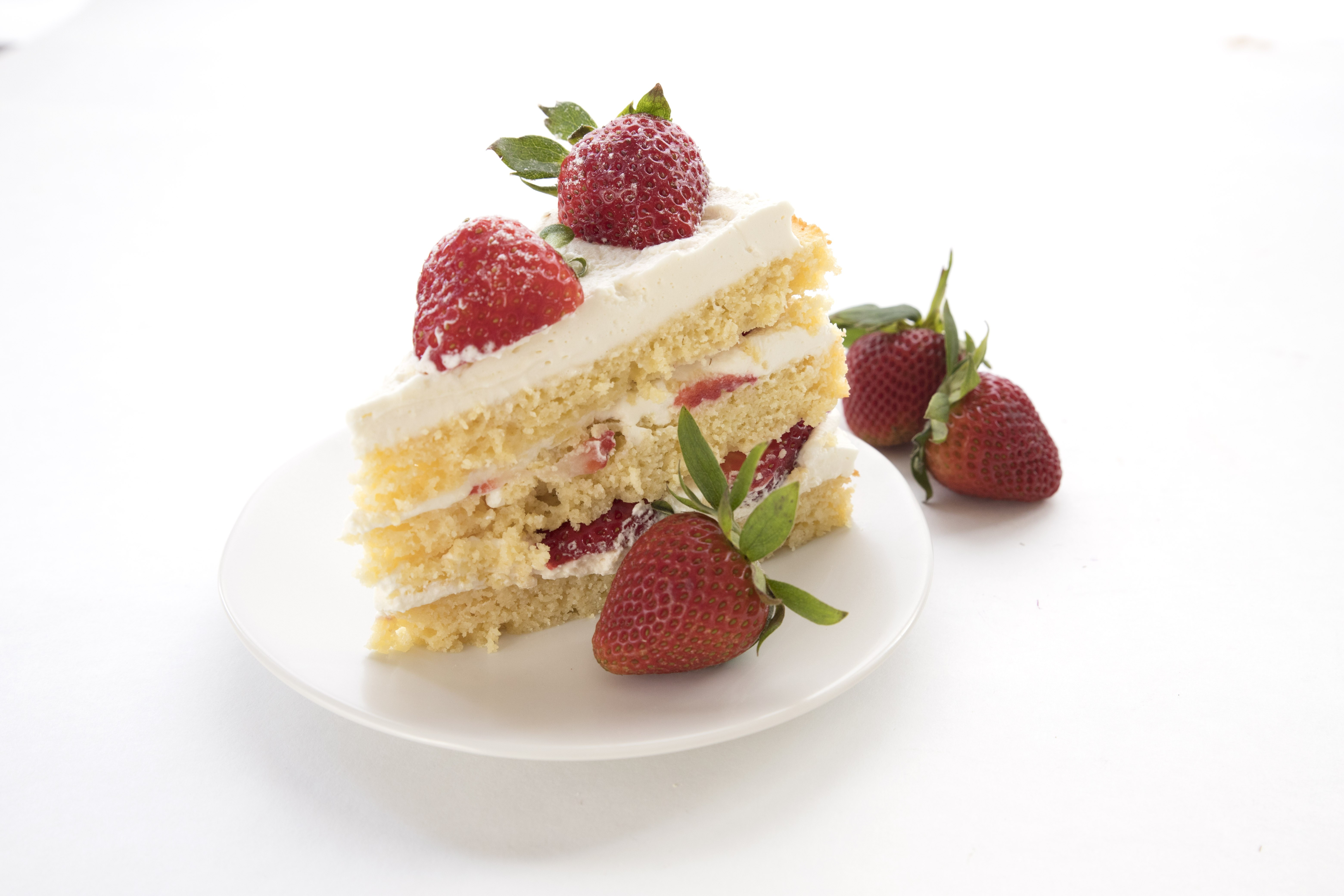 Strawberries And Cream Cake 4