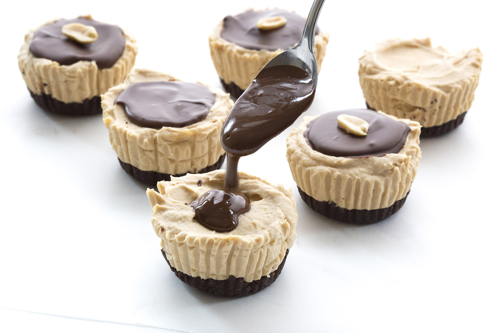 Mini No Bake Peanut Butter Pies